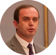Nik Gjeloshaj