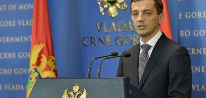 Protestat përdoren për të mohuar Malin e Zi