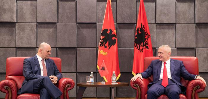 Takim Meta-Cungu: Faktori shqiptare duhet të ketë qëndrime të unifikuara