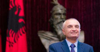 Presidenti Meta: Shqipëria nuk duhet të ndërhyjë në dialogun Kosovë-Serbi