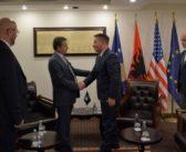 Lekaj kërkon jetësimin e lidhjes hekurudhore Kosovë-Mali i Zi