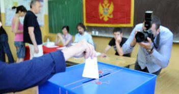 Listat i dorëzuan 6 koalicione dhe 6 parti politike