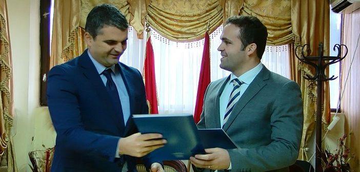 Nënshkruhet memorandumi i bashkëpunimit mes Ulqinit dhe Preshevës
