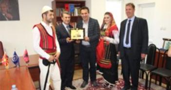 """Festivali Folklorik """"Saraj-Fest"""", SHKA """"Koha"""" pritet nga kryetari i Komunës së Saraj"""