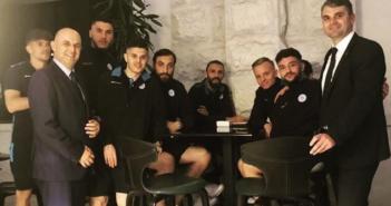 Cungu dhe Çapuni në Podgoricë takohën me futbollistët e Kosovës