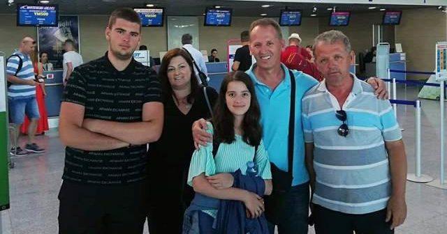 Vazhdon frikshëm emigrimi i shqiptarëve nga Mali i Zi