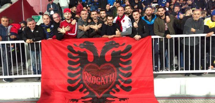 Tifozët nga Malësia i dhanë Kosovës mbështetje të madhe ndaj Malit të Zi