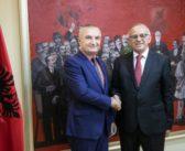 Presidenti Meta priti në takim lamtumire Ambasadorin e Malit të Zi