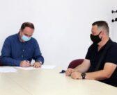 Nënshkruhet kontrata për rekonstruksionin e rrugës në Dinoshë dhe Vuksanlekaj-Narhelm